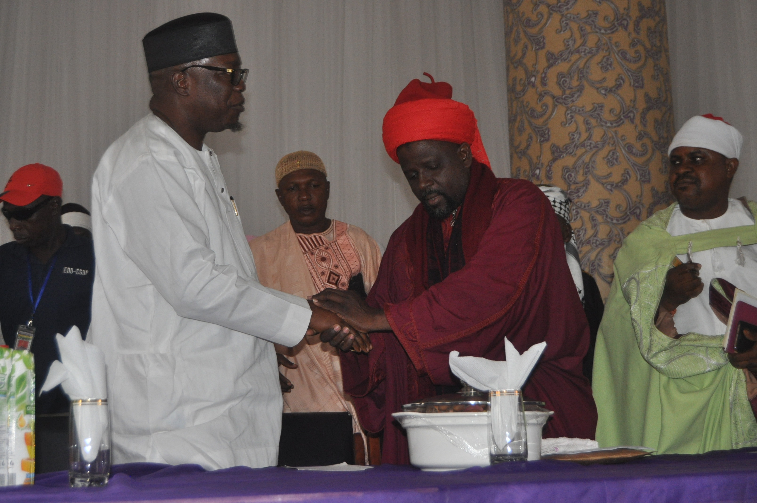 Pray for peaceful polls, Oshiomhole appeals to Muslims